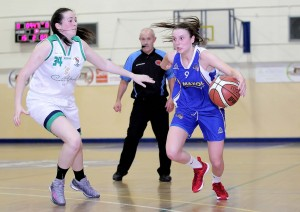 Ruthie Leavey (Maxol WIT Wildcats) goes on the outside of Aine O'Connor (Liffey Celtic)