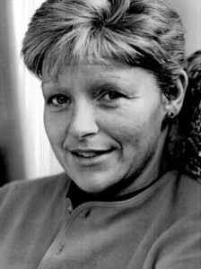Tosh was involved in the investigation of the murder of journalist Veronica Guerin in 1996.