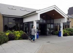 waterford-regional-hospital-scenes-junior-doctors-disputes-strike-health-crisis-in-ireland-2-390x2851-300x219