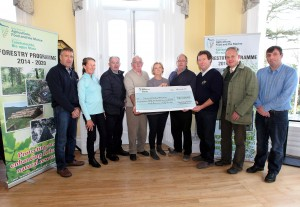 The Trustees of the Dunmore East Wood's and Park Trust pictured with the cheque for €86,423.65 received from the Dept.of Agriculture, Food and the Marine. Included are (from left) Michael Griffin, Annie Murphy, Nicko Murphy, Bllly Power, Mary Torrie, Brendan Glody, Chairperson, Joefy Murphy, Hon Secretary, Lord Waterford, Tyrone Beresford  and Karl Goggins, Dept.of Agriculture, Food and the Marine. Picture:Noel Browne.