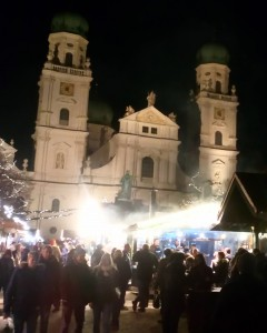 The Christmas market in front of Passau Cathedral.