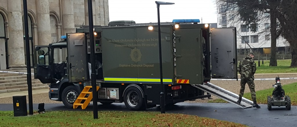 The Army's Explosive Ordnance Disposal team roll out their robot in the grounds of Waterford Courthouse on Friday afternoon last