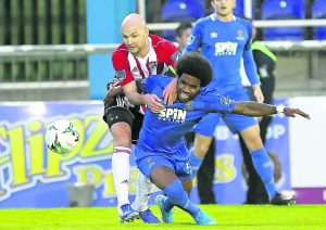 Blues battle for vital point