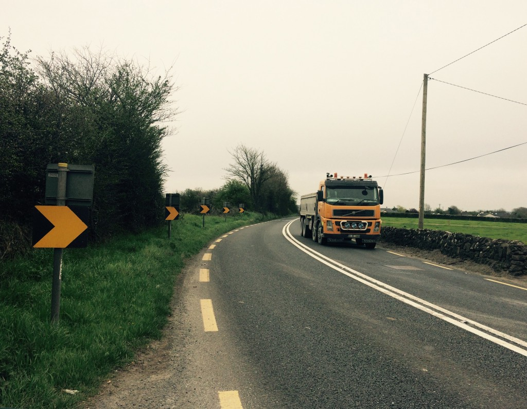 The stretch of road outside Mooncoin near Clonmore. Funding of over €5.5m has been approved for a new route from Waterford city to Carrick-on-Suir.
