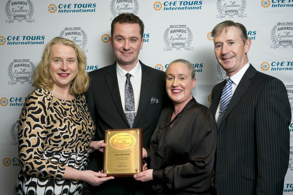 Elizabeth Crabill, CEO of CIE Tours International, with Fiona Ross, Chairman, CIE, present the CIE Tours Award of Excellence to Adrian Rossetti, Jackie Cusack and Richard Hurley, Granville Hotel. Photos: John Ohle Photography.
