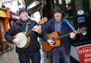 Jim Casey and Paddy Ryan performing in Arundel Lane