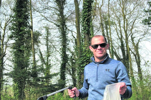 Councillor encourages families to volunteer for litter picking